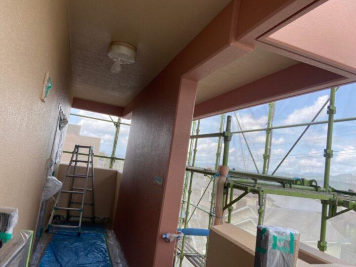 外壁塗装完成の様子
