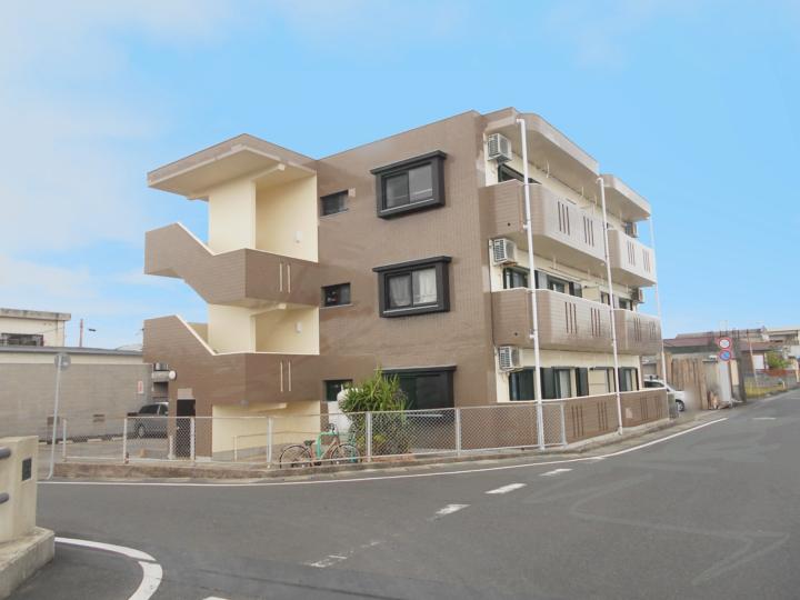 鹿児島県指宿市で行った海の近くのマンションの外壁塗装と屋根の防水工事