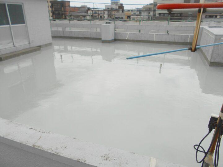 屋根防水の塗装工事