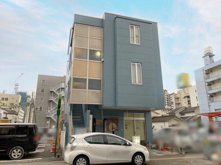 宮崎県宮崎市恒久3階建てビルの外壁塗装と防水工事が完成